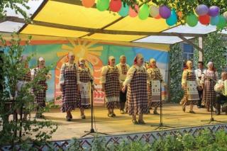 В д.Астрахань состоялся праздник национальных культур